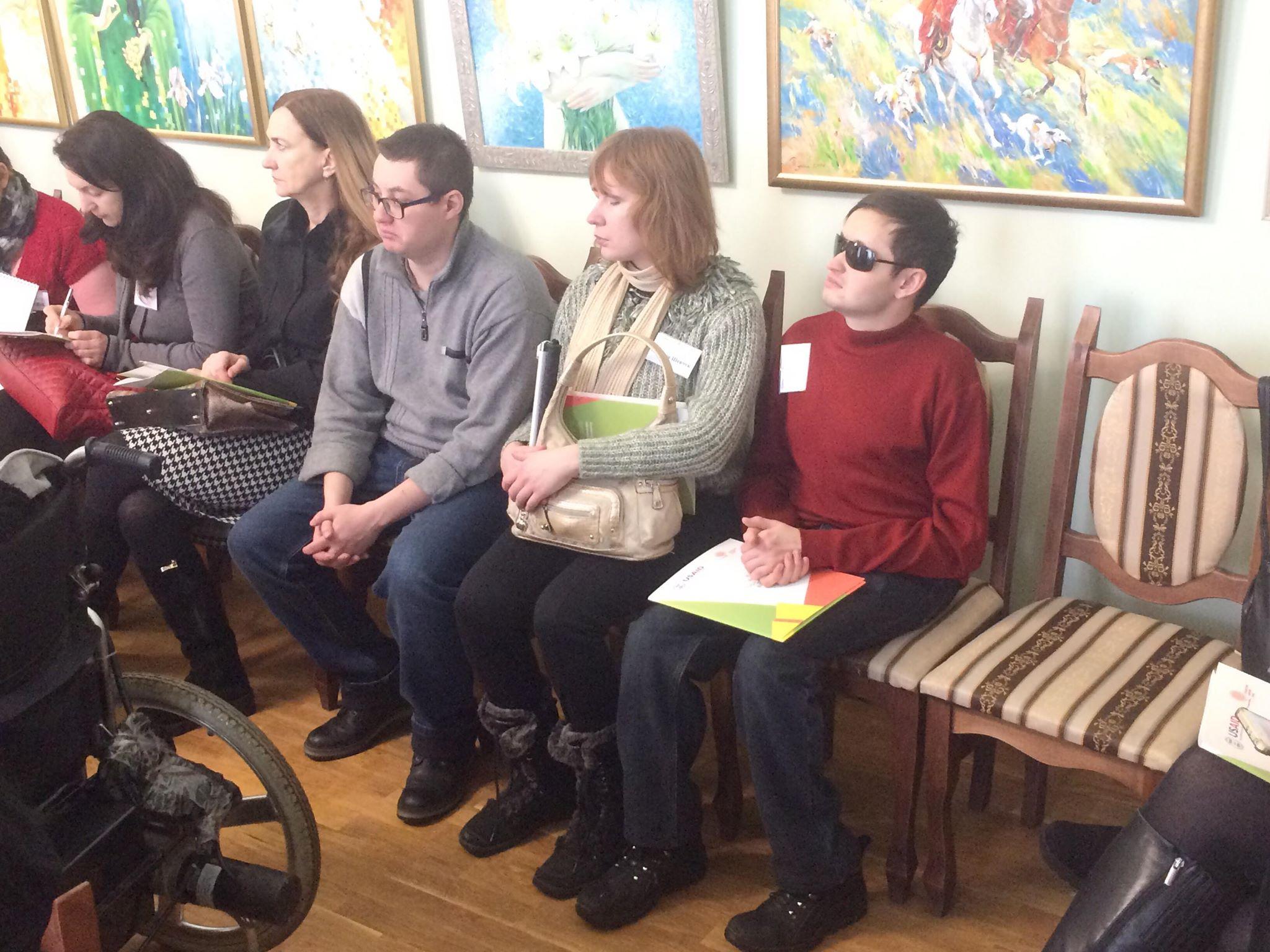 У Житомирі людей з інвалідністю навчають, як започаткувати власну справу
