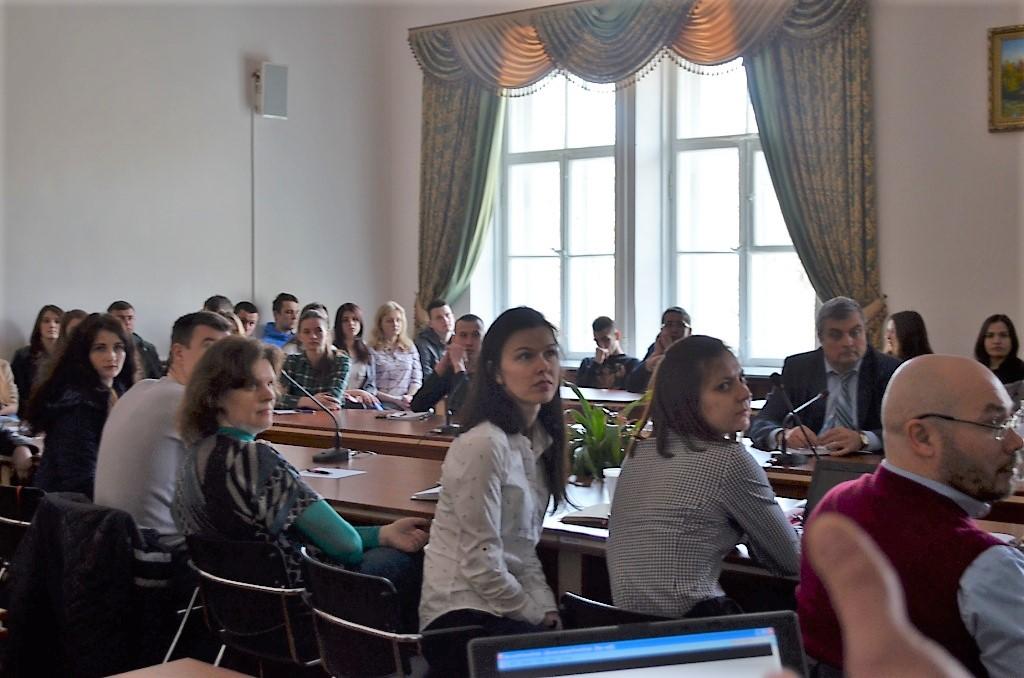 У Житомирі відбулася дискусія на тему: «Зелене місто: клімат та урбаністика»